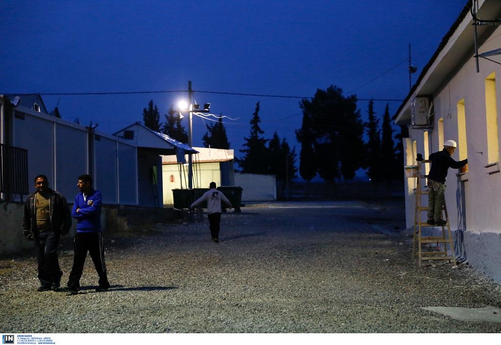 15d019593ea7 Κινητοποίηση προσφύγων ενάντια στην απομάκρυνσή τους από διαμερίσματα