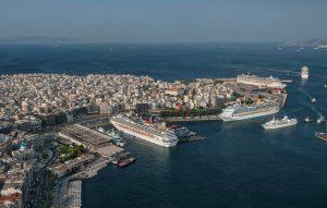 Κοντά στην πρώτη θέση στη Μεσόγειο το λιμάνι του Πειραιά