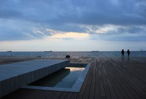Πρεμιέρα του φεστιβάλ «paralia_zo» στη Νέα Παραλία Θεσσαλονίκης