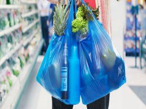 Πως υποδέχτηκαν οι Θεσσαλονικείς τις αυξήσεις στις πλαστικές σακούλες;