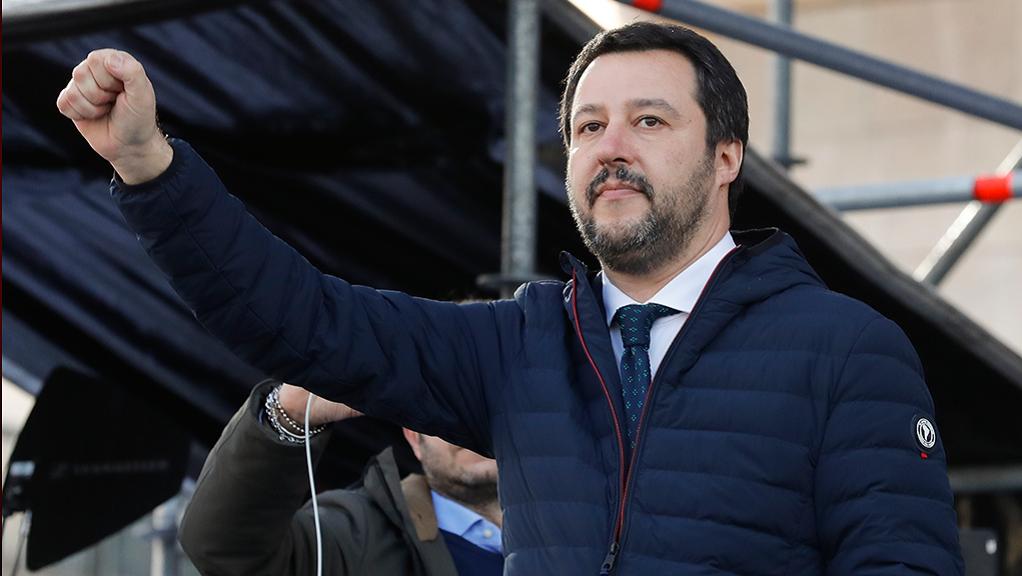 Σαλβίνι: Γαλλία και Ιταλία δεν μπορούν να αποφασίζουν μόνες τους τη μεταναστευτική πολιτική της ΕΕ