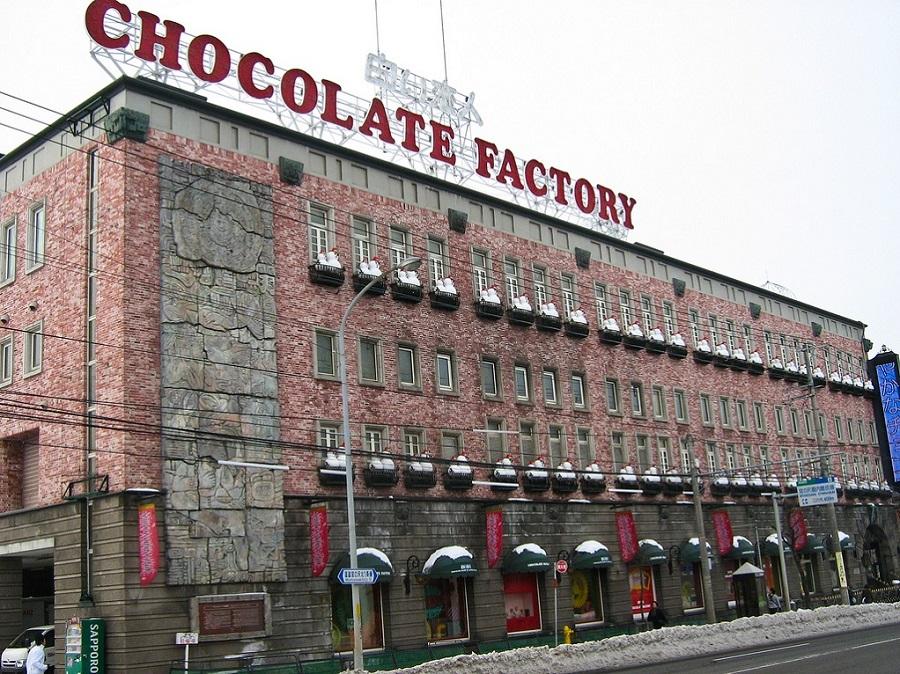 """Ένα """"ποτάμι"""" σοκολάτας πλημμύρισε δρόμο στη Γερμανία"""