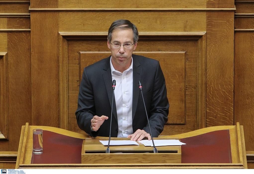 """Αντιπρόεδρος Ποταμιού σε GrTimes.gr: """"Μη κρατικά πανεπιστήμια για να βάλουμε φρένο στο brain drain"""""""