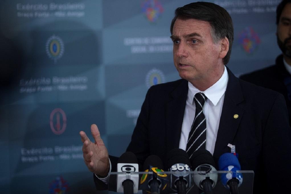 Βραζιλία – Κορωνοϊος: Ο Μπολσονάρου σνομπάρει τα μέτρα