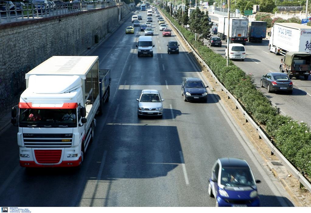 Απαγόρευση κίνησης φορτηγών ενόψει Δεκαπενταύγουστου