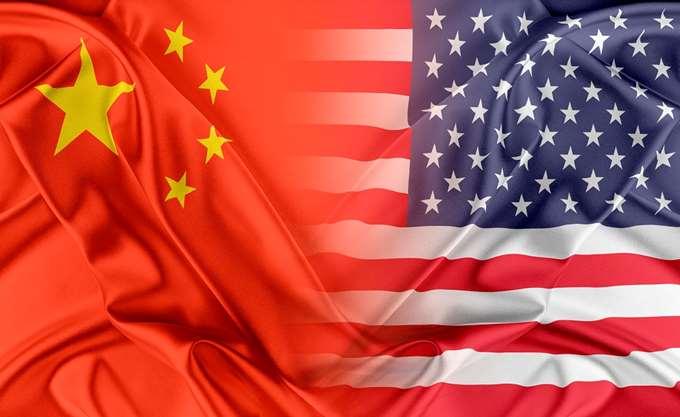 Οι ΗΠΑ βάζουν δασμούς 25% σε κινεζικά προϊόντα