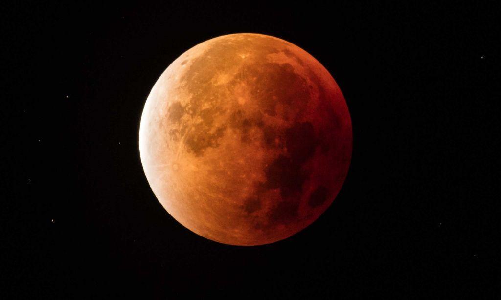 Ένα δεύτερο φεγγάρι στον ουρανό της Μαδρίτης