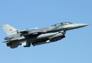 Δύο τουρκικά F-16 πέταξαν πάνω από την Κίναρο