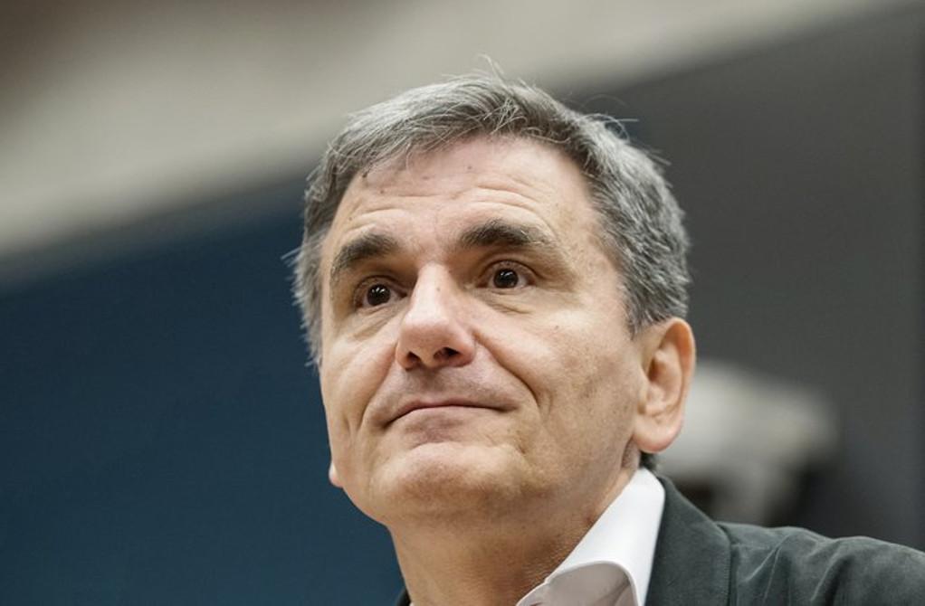 Τσακαλώτος: Η ΝΔ πρέπει να αισθάνεται περίεργα από την έκθεση του ΔΝΤ