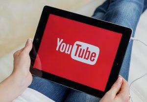 Google: Περιοριστικά μέτρα για ανήλικους χρήστες του YouTube