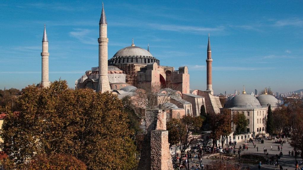 Ερντογάν: Να χαρακτηριστεί επίσημα τζαμί η Αγιά Σοφιά