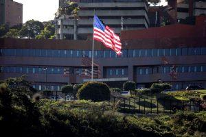 Η κυβέρνηση των ΗΠΑ διατάσσει διπλωμάτες να εγκαταλείψουν τη Βενεζουέλα