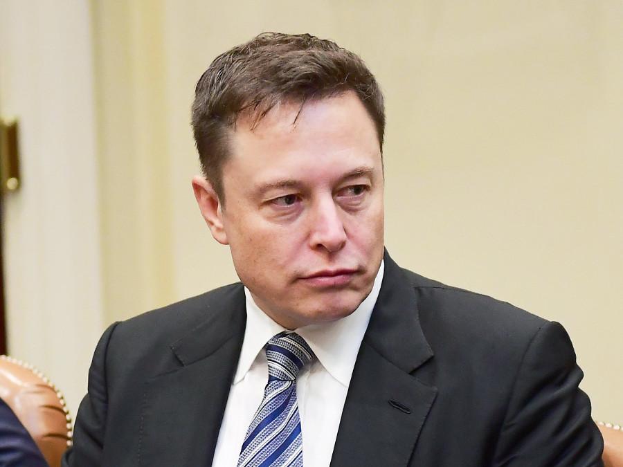 Ο Μασκ στην Ευρώπη για το Model 3 της Tesla