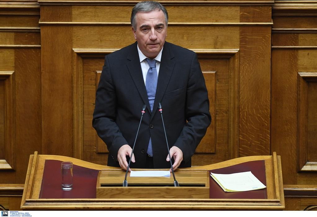 Στ. Καλαφάτης: «Η κυβέρνηση θέλησε μόνο να ποζάρει σαν ντελιβεράς ξένων επιδιώξεων»