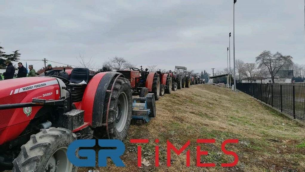 Αγρότες: Εν αναμονή της συνάντησης με την κυβέρνηση