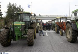 Καρδίτσα: Στήνουν μπλόκο οι αγρότες