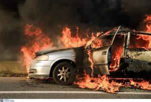 Θεσ/νίκη: Έκαψαν όχημα του δήμου Καλαμαριάς