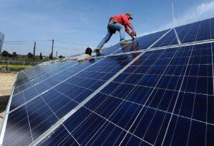 Ποιοι καταστρέφουν τα φωτοβολταϊκά στα Νέα Μουδανιά