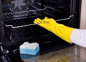 Καθάρισε τον φούρνο σου οικολογικά
