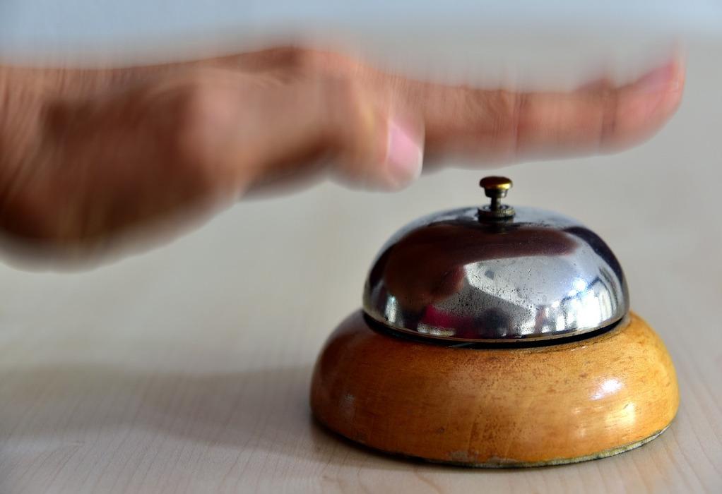 Τα ΦΕΚ της τελευταίας στιγμής- κλειστά τα 8 στα 10 ξενοδοχεία