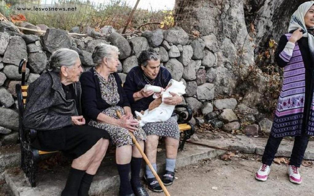 Πέθανε η γιαγιά Μαρίτσα, σύμβολο αλληλεγγύης στους πρόσφυγες