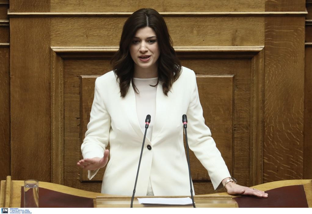 Νοτοπούλου: «Ο ακτοπλοϊκός αποκλεισμός της Σαμοθράκης αφήνει έκθετη την κυβέρνηση»