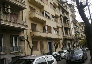 Ζητούν σπίτια για στέγαση αστέγων με επιδότηση ενοικίου
