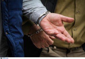 Συνελήφθη «εγκέφαλος» κυκλώματος διακίνησης αλλοδαπών