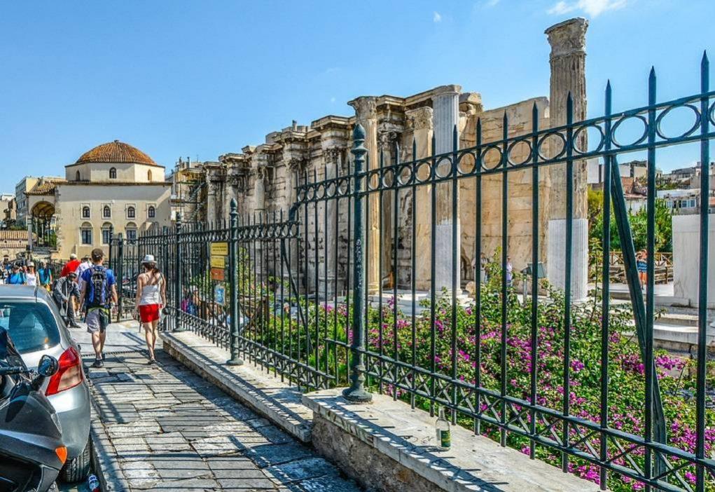 Αυξάνονται οι τουρίστες που κάνουν διακοπές στην Αθήνα