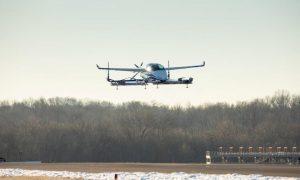 Boeing: Πιο κοντά στα ιπτάμενα αυτοκίνητα