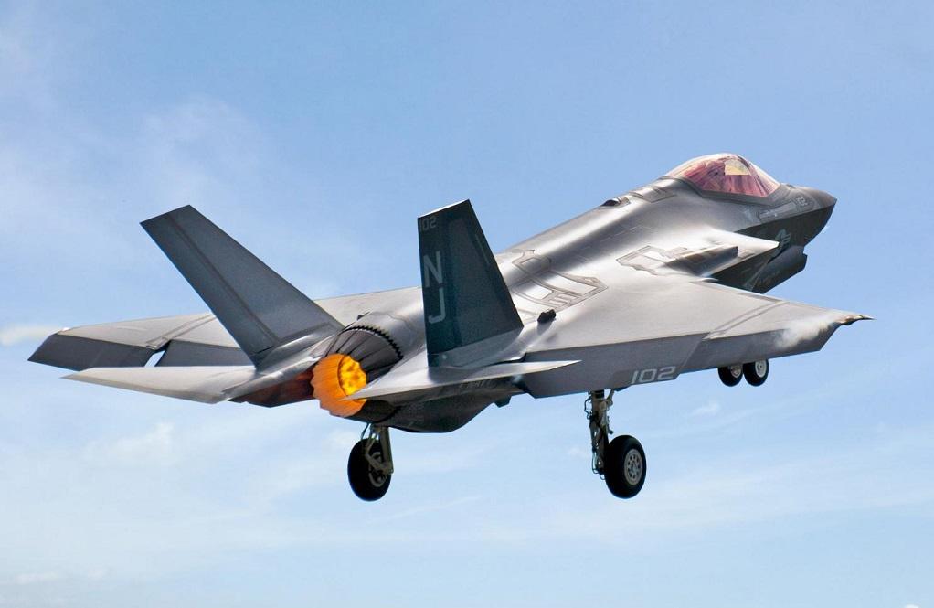 Οι ΗΠΑ «καλούν» την Τουρκία να μην προχωρήσει με τους S-400 – Δεν πετούν με τα F-35 οι Τούρκοι πιλότοι