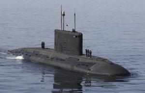 Iραν: Υποβρύχιο εξοπλισμένο με πυραύλους κρουζ