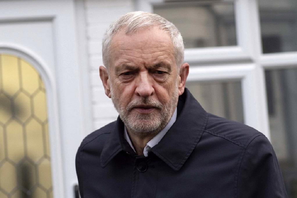 Βρετανία: Ο Κόρμπιν ζητεί βουλευτικές εκλογές ή ένα δεύτερο δημοψήφισμα