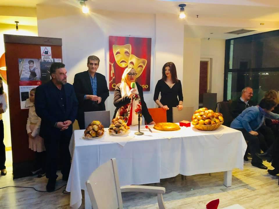 """Με Μπουτάρη, Νοτοπούλου και """"τυχερό"""" Γιαννούλη έκοψαν οι ΣΥΡΙΖΑίοι την πίτα τους (ΦΩΤΟ)"""