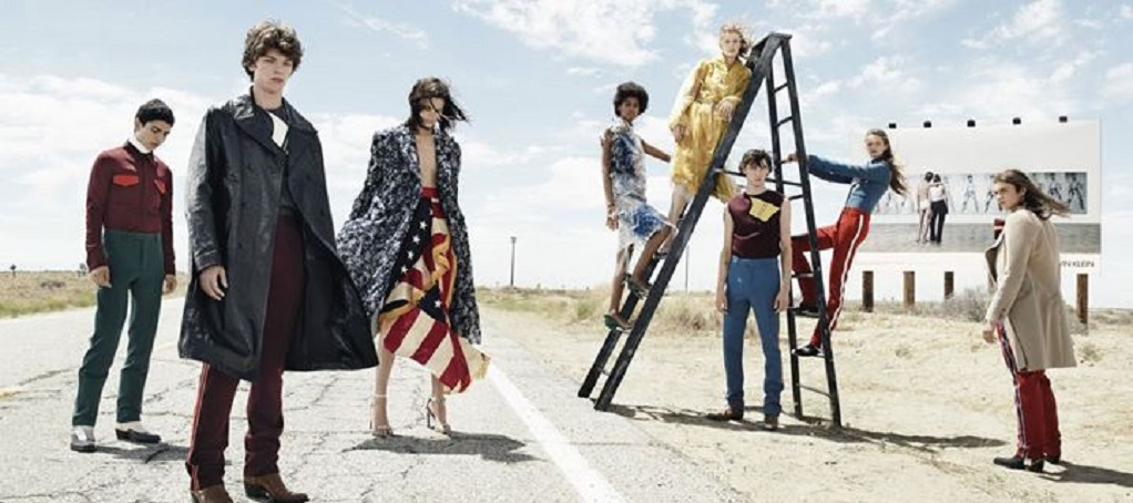 O οίκος μόδας Calvin Klein αποσύρεται από την υψηλή ραπτική!