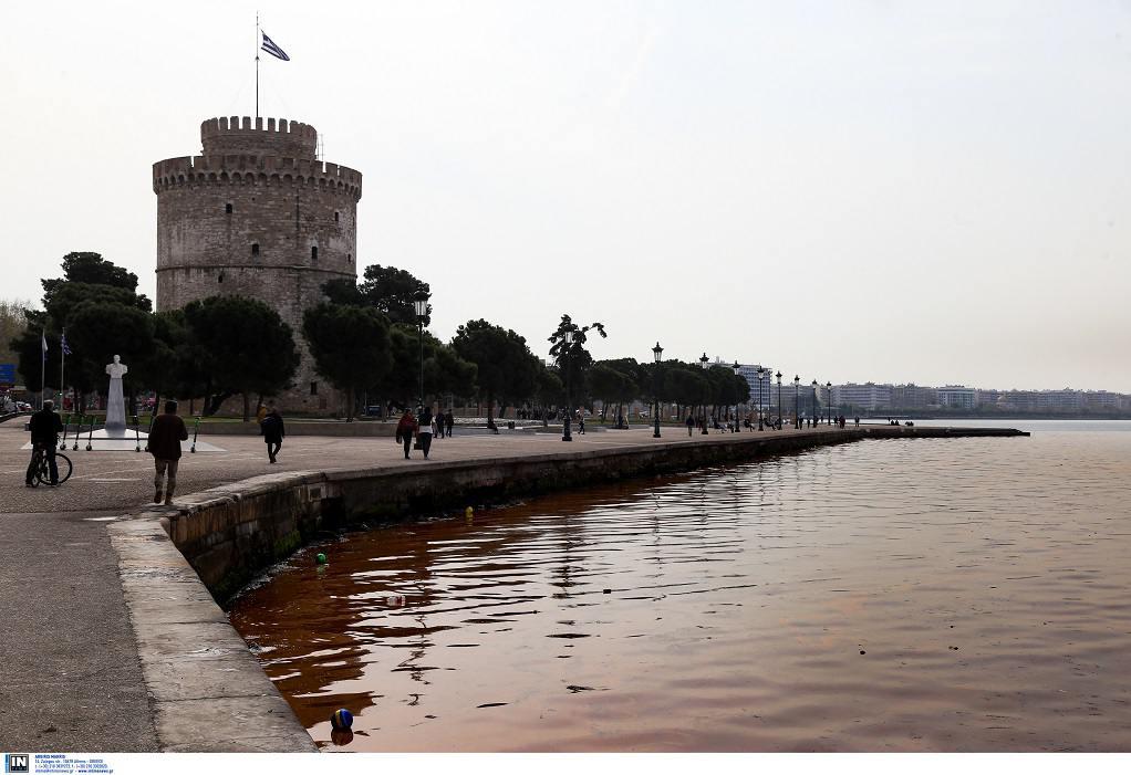 Άνοιξη χωρίς ερυθρά παλίρροια στη Θεσσαλονίκη δεν γίνεται! (ΦΩΤΟ)