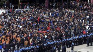 Νέα επεισόδια στα Τίρανα στις αντικυβερνητικές συγκεντρώσεις (VIDEO και ΦΩΤΟ)