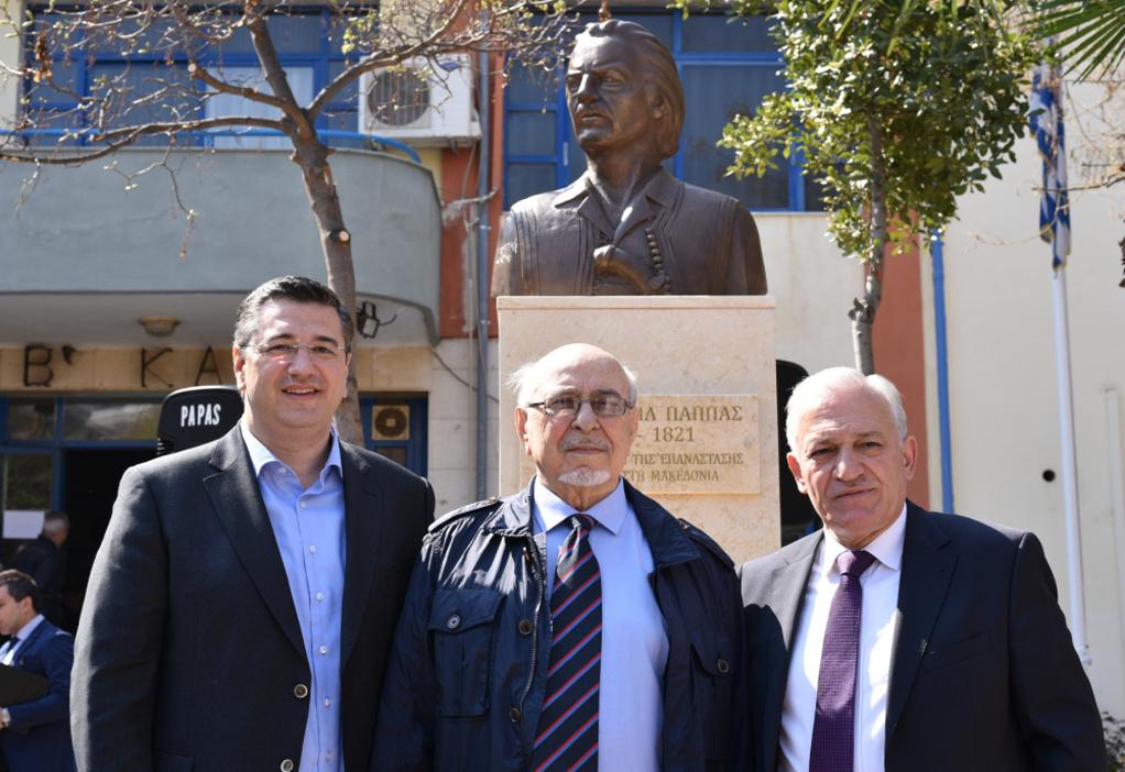 Ο Δήμος Μενεμένης – Αμπελοκήπων τίμησε τον Εμμανουήλ Παππά