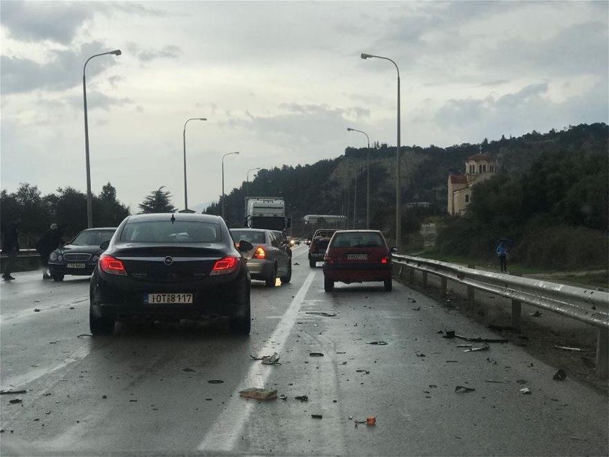 Θεσ/νίκη: Καραμπόλα 7 οχημάτων στην Περιφερειακή Οδό