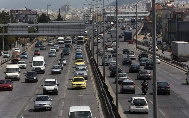 Αθήνα: Αυξημένη η κίνηση στους δρόμους