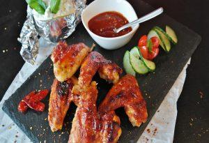 Κατασχέθηκαν ακατάλληλα κοτόπουλα σε ψητοπωλείο στον Πειραιά