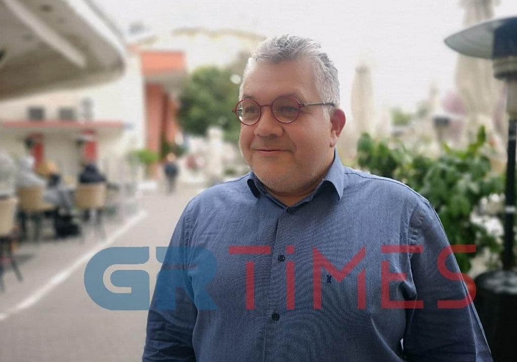 Πανευτυχής ο Νίκος Παπαϊωάννου – Πέρασε στη Νομική του ΑΠΘ η κόρη του