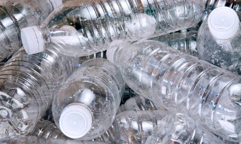 Τέλος τα πλαστικά μπουκάλια νερού από το Αεροδρόμιο του Σαν Φρανσίσκο
