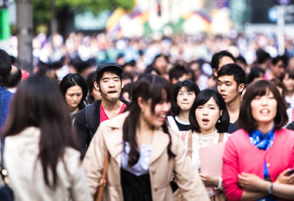 Γερνάει επικίνδυνα η Ιαπωνία