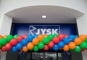 JUSK: Καταστήματα σε Γλυφάδα και Ηράκλειο Κρήτης