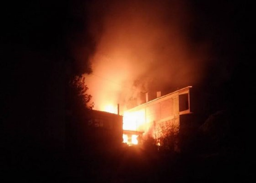 Κοζάνη: Νεαροί έσωσαν ηλικιωμένη από φωτιά στο σπίτι της(VIDEO)