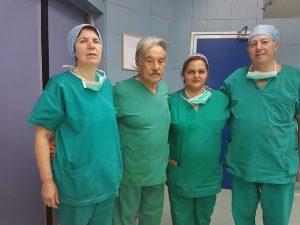 Από την πράσινη στολή του χειρουργείου στο… Δημαρχείο (ΦΩΤΟ)