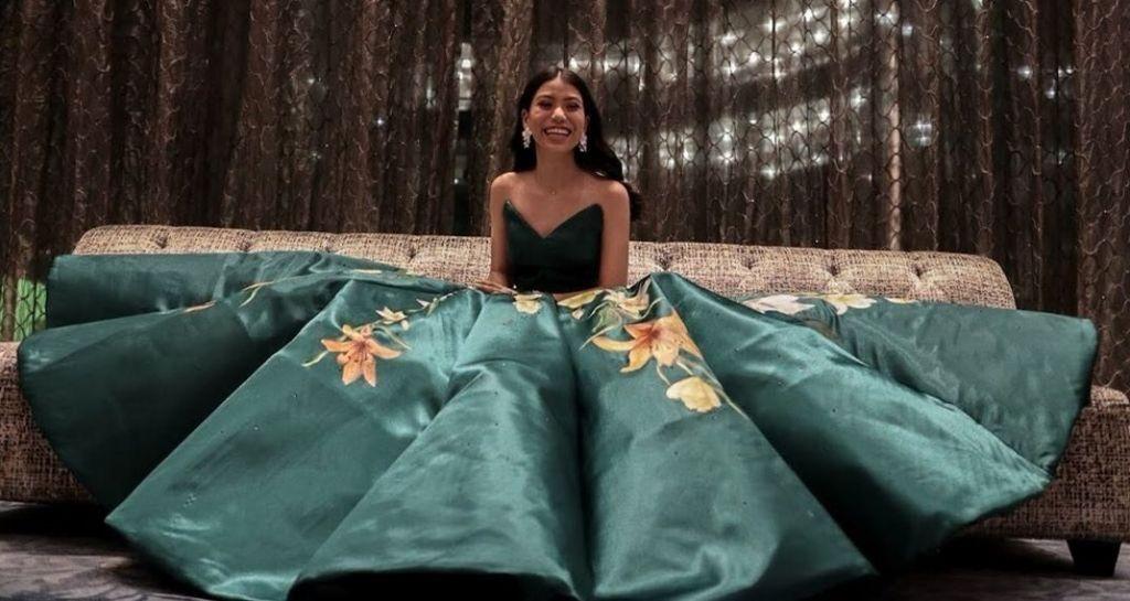 Γιατί αυτό το φόρεμα έχει γίνει το απόλυτο viral;
