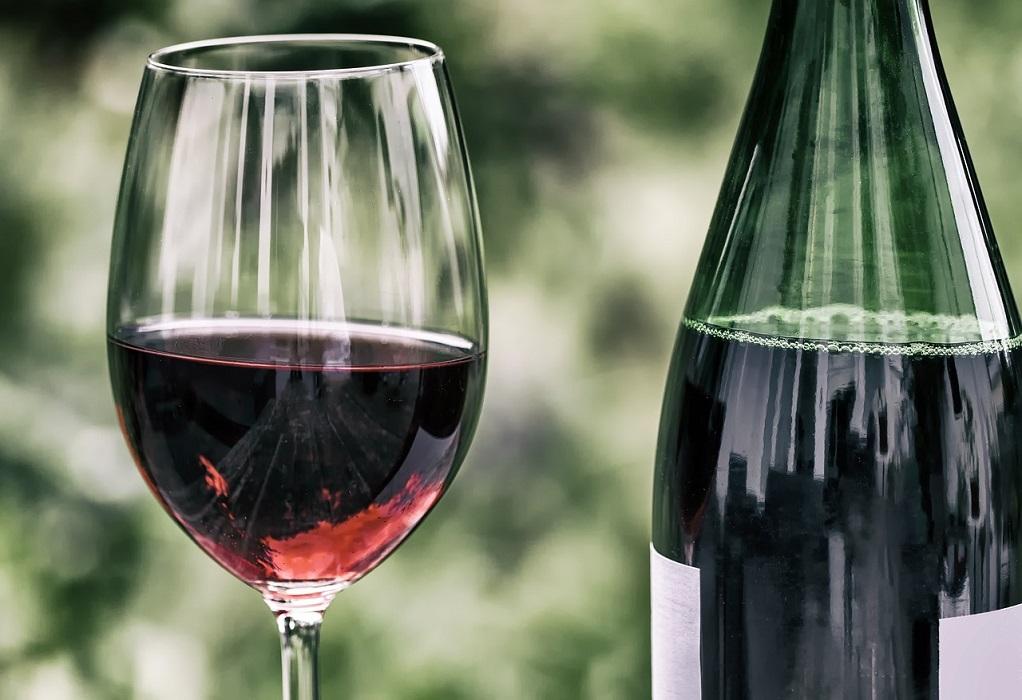 Έρευνα: Ένα ποτήρι κόκκινο κρασί πριν τον ύπνο ίσον με μία ώρα γυμναστήριο