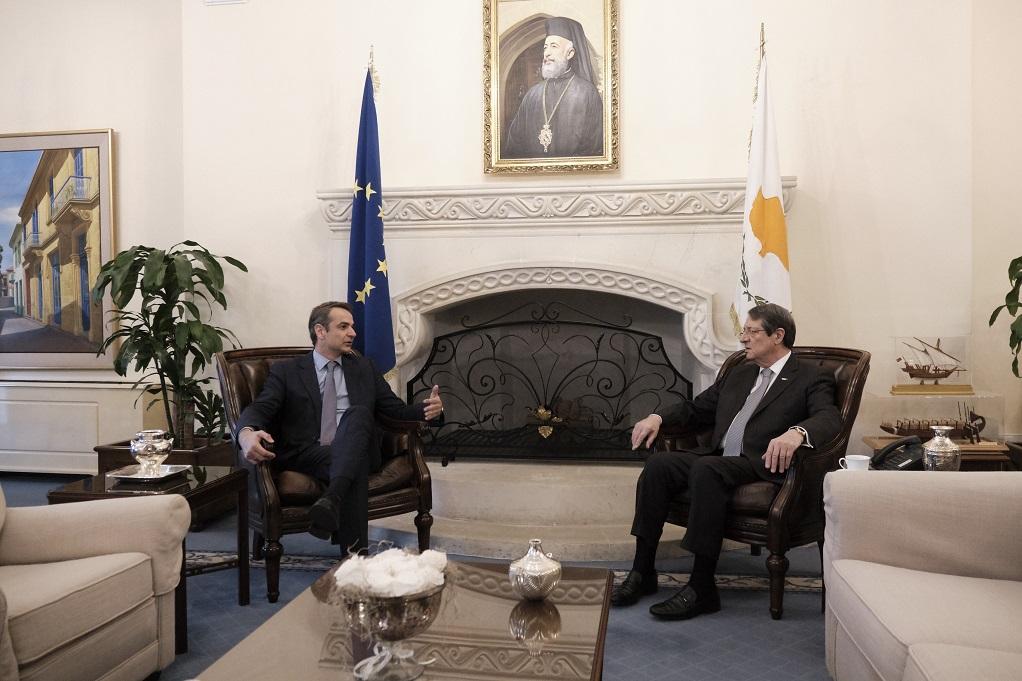 Συνάντηση Αναστασιάδη-Μητσοτάκη: «Προτεραιότητα οι ιδιωτικές επενδύσεις και η επιχειρηματικότητα»